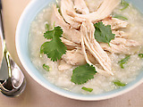 Chinese-style Rice Soup with Chicken and Ginger