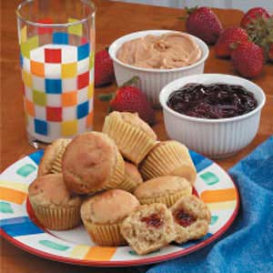 Peanut Butter 'n' Jelly Mini Muffins Recipe