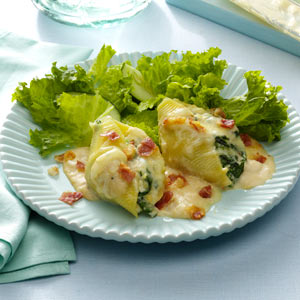 Alfredo-Pancetta Stuffed Shells Recipe