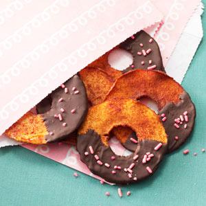 Chocolate-Dipped Apple Rings Recipe