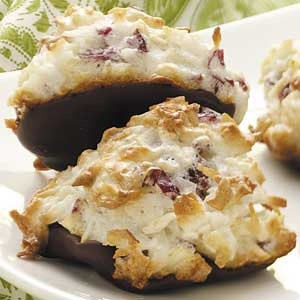 Cranberry Almond Macaroons Recipe