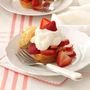 Strawberry Shortcake Cups Recipe