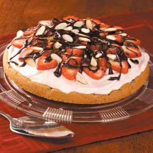 Strawberry Fudge Torte Recipe