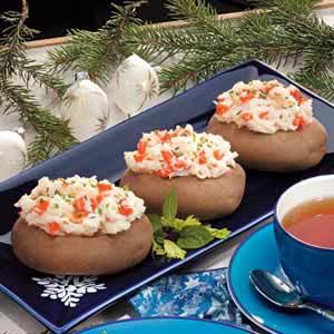 Salmon-Stuffed Potatoes Recipe