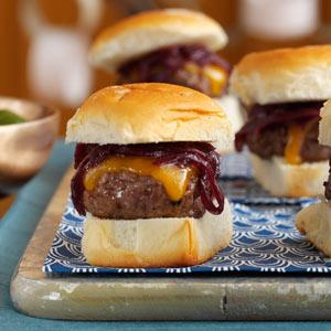 Cheddar & Onion Beef Sliders Recipe
