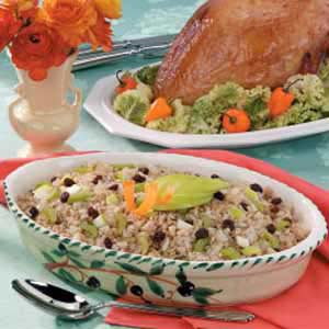 Brown Rice 'n' Apple Stuffed Turkey Recipe