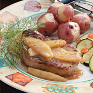 Apple-Topped Pork Chops Recipe
