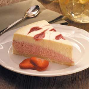 Strawberry Swirl Cheesecake Recipe