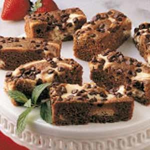 Favorite Marbled Chocolate Cheesecake Bars Recipe
