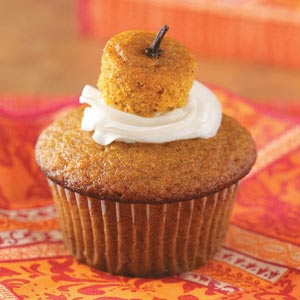 Cream-Filled Pumpkin Cupcakes Recipe