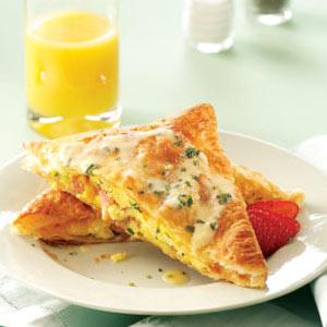 Benedict Eggs in Pastry Recipe
