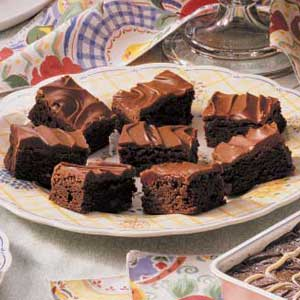 Glazed Chocolate Chip Brownies Recipe