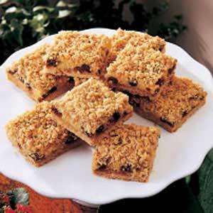 Sour Cream Raisin Squares Recipe