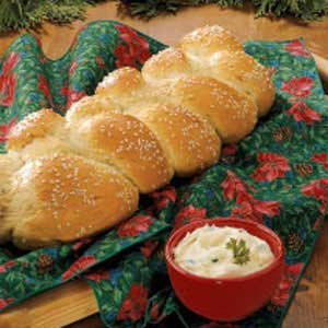 Sesame Onion Braid Recipe