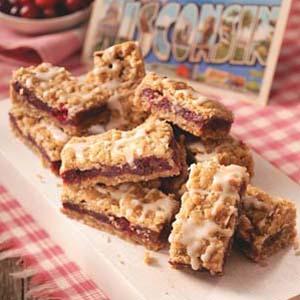 Winning Cranberry Date Bars Recipe