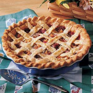Peachy Rhubarb Pie Recipe
