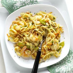 Colorful Shrimp Pad Thai Recipe