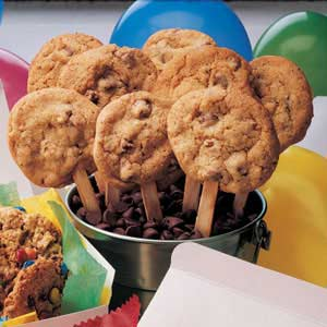 Quick Chocolate Chip Cookie Pops Recipe