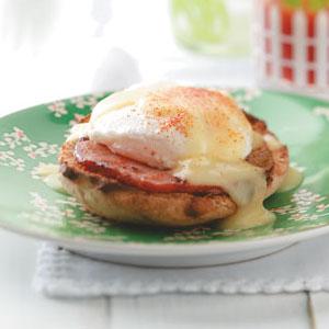 Light Eggs Benedict Recipe