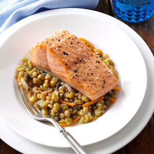 Broiled Salmon with Mediterranean Lentils Recipe