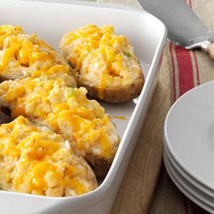 Tuna-Stuffed Baked Potatoes Recipe