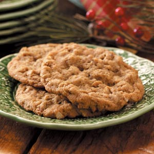 Oatmeal Molasses Crisps Recipe