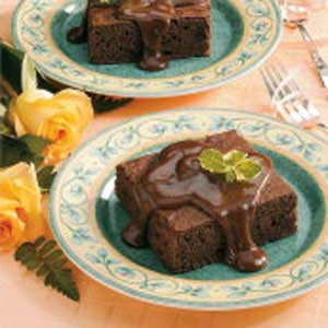 Chocolate Cake With Fudge Sauce Recipe
