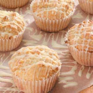White Chocolate Macadamia Muffins Recipe