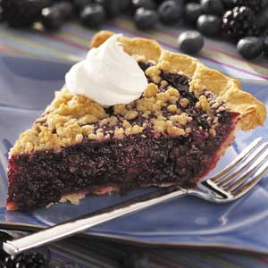 Black 'n' Blue Berry Crumb Pie Recipe