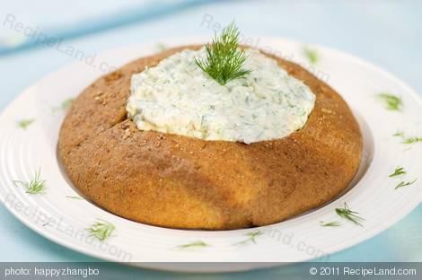 Dill Dip in Rye Bread