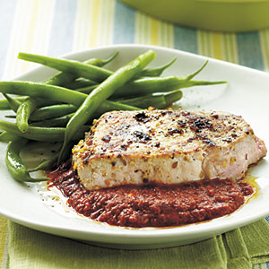 Seared Pork Chops with Spicy Roasted Pepper Sauce