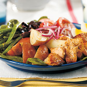 Grilled Salmon Salade Niçoise