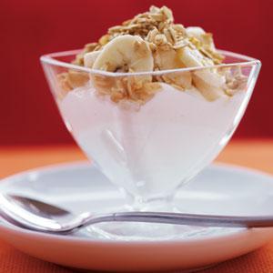 Banana Yogurt Parfait with Maple Oat Topping