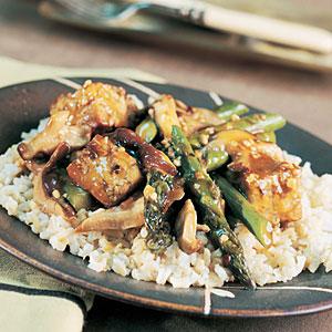 Spicy Asparagus-Tempeh Stir-Fry