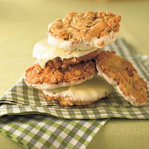 Crunchy Frostbite Cookies