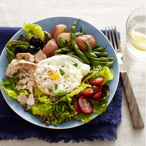 Tuna Niçoise Salad with Roasted Green Beans and Potatoes
