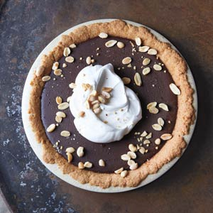 Chocolate Pudding Pie with Salted Peanut Crust