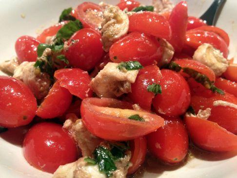 Grape Tomato and Mozzarella Salad