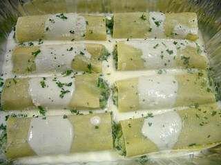 Creamy Chicken Stuffed Manicotti