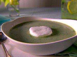 Creamy Arugula & Lettuce Soup w/Goat Cheese