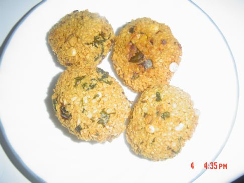 Dal Vada - Deep fried!