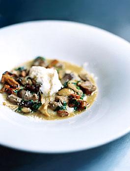 Creamy White Polenta with Mushrooms and Mascarpone