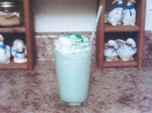 GRACE'S MINT CHOC MILK SHAKE