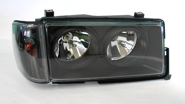 Mercedes benz 82 93 190e w201 crystal black headlights w for Mercedes benz 190e headlights