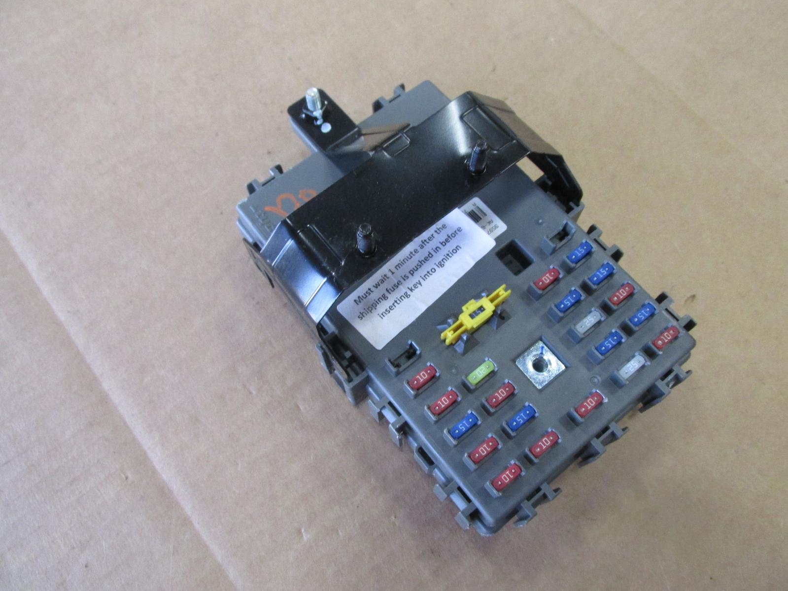 2011 Chevy Aveo Fuse Junction Box 95977268 Oem