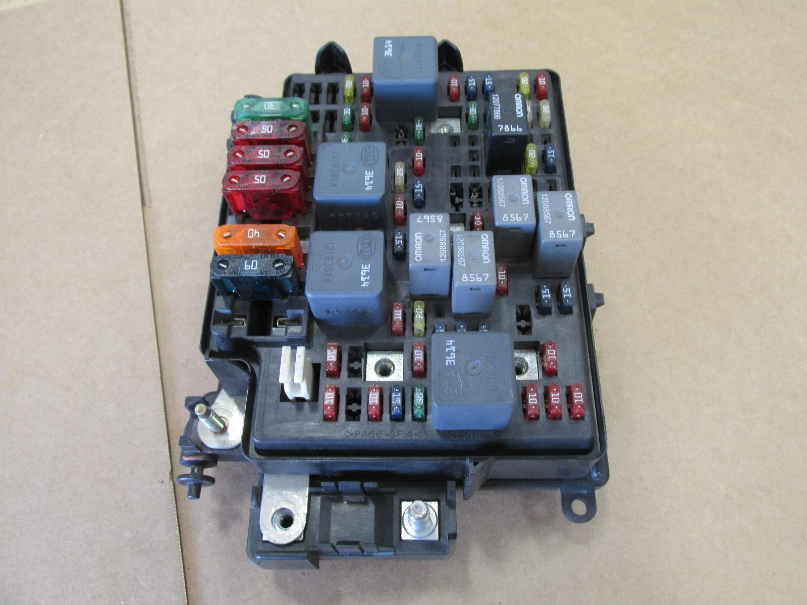 2000 Chevy Tahoe Fuse Box Download Wiring Diagrams 1995 Land Rover Defender Location For Chevrolet Auto Locations 2004