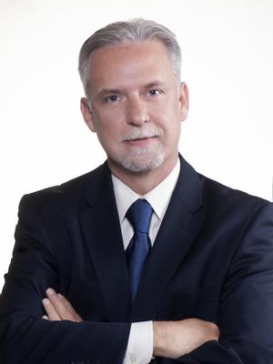 Dr. Waldo Castro