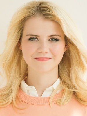 elizabeth smart_new headshot