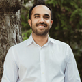 Medium neil pasricha   color   smile   photo credit scarlet o neill