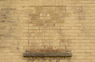 Painted brick 0044